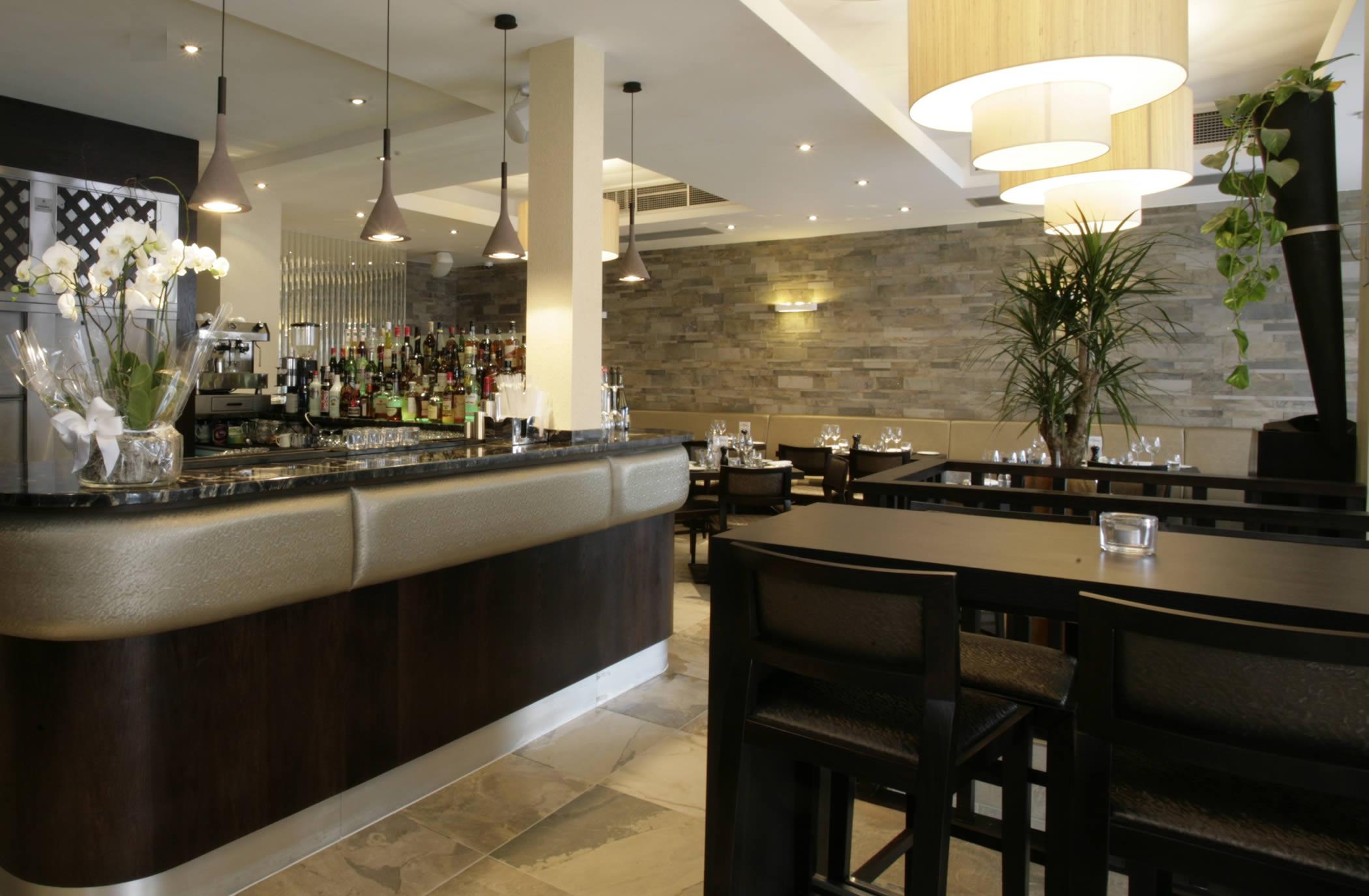 Aqua Mediterranean Bar Grill Restaurants In South London